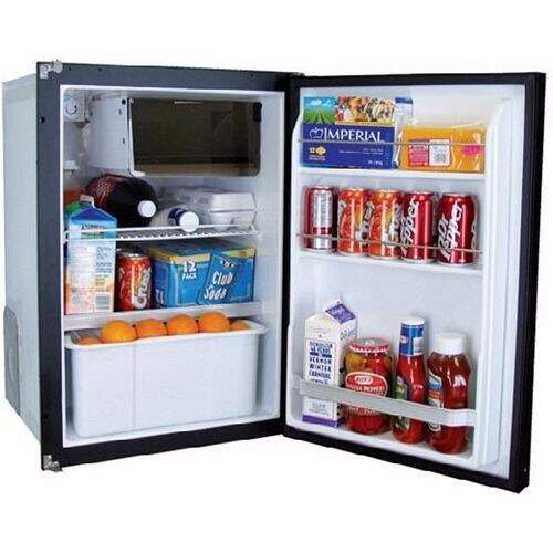 Novakool R3800 12/24v Fridge/Freezer -100 Litre