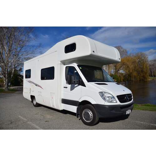 2011 River M721 6 Berth